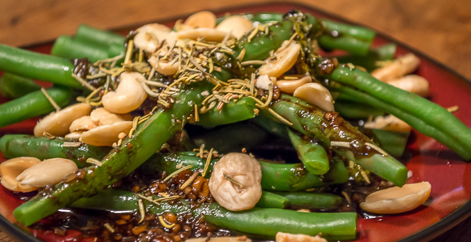Green Beans with Gorgonzola-Balsamic Vinaigrette